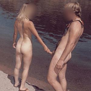 Couple libertin du 31 recherchons mecs cools pour amitié coquines