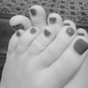 Femme fétichisme des pieds/jambes/talons hauts pour rencontre sur Blagnac